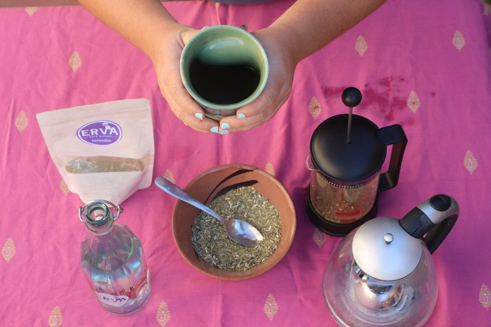 Traditional Hot Mate - 1. Measure out 2-3 tbsp of Erva (per 8 oz. of water) and put into your bag, tea ball, French press, or cup if you are using a bombilla or strainer2. Moisten leaves with cool water and let sit for 30 seconds while maté awakens3. Pour in hot - not boiling - water (approx 170°) and let steep for 5-10 minutes4. Sweeten to taste if desired