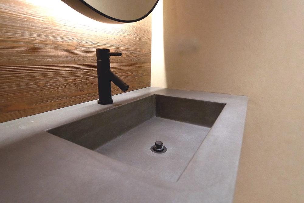 Small Concrete Trough Sink.jpg