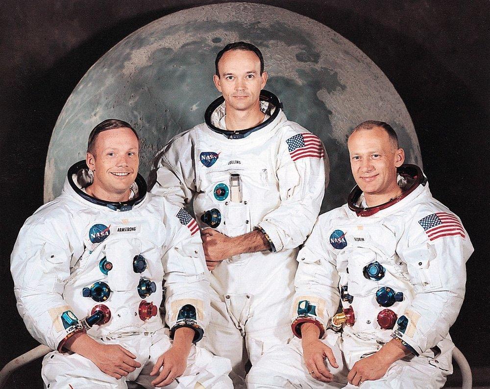 250px-Apollo_11_Crew.jpg