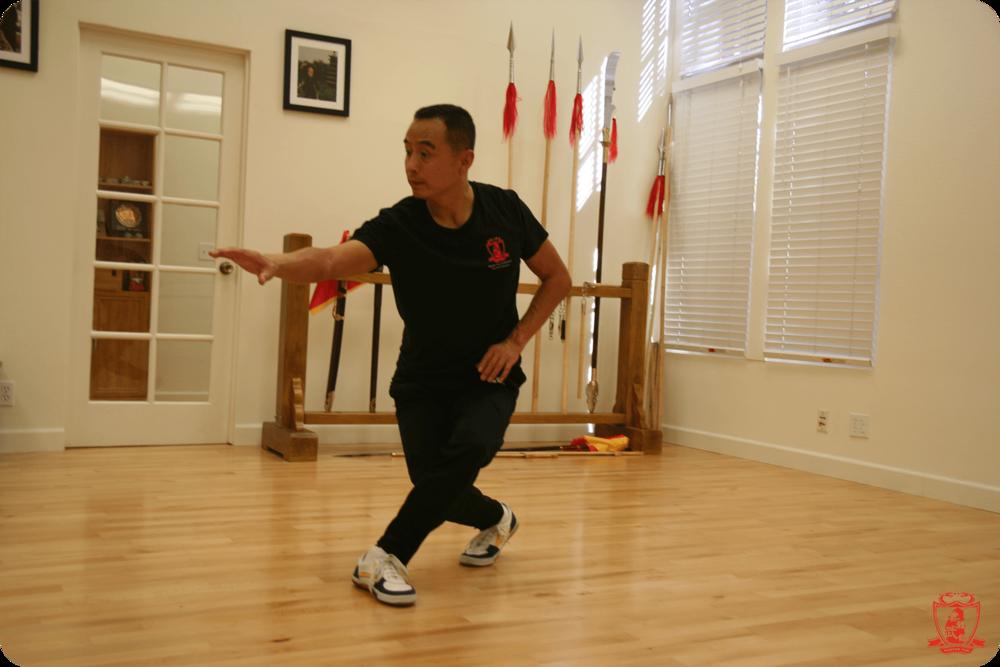 Master Yun_Shang Style Xing Yi Quan Pose.png