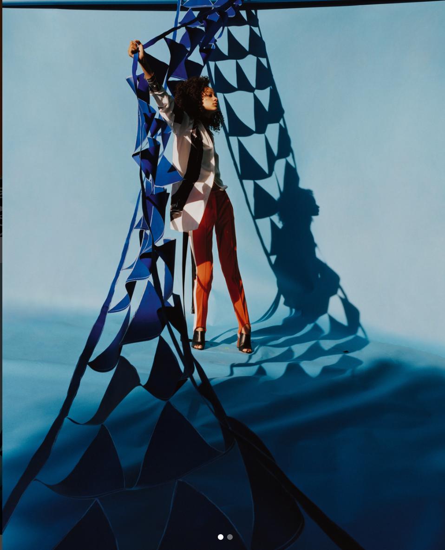 hugo 18 blue triangle.png