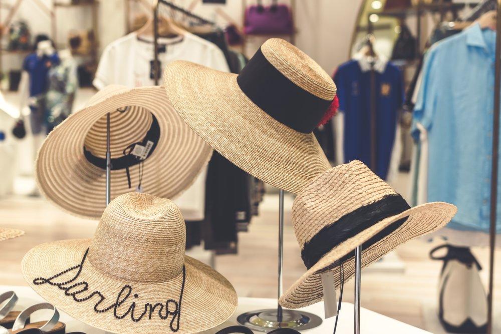 accessories-background-boutique-1078973.jpg