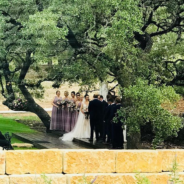 View from @park31events mezzanine of Taylor & Nicks vows at our Umbrella Grove ceremony site. These are the wonderful vendors making this celebration so amazing :  @snapchicplanning @lyndsay_photography @heavenlygourmetcatering @2tarts @lemonleafflorist @reverentweddingfilms @cuttingedgeentertainment