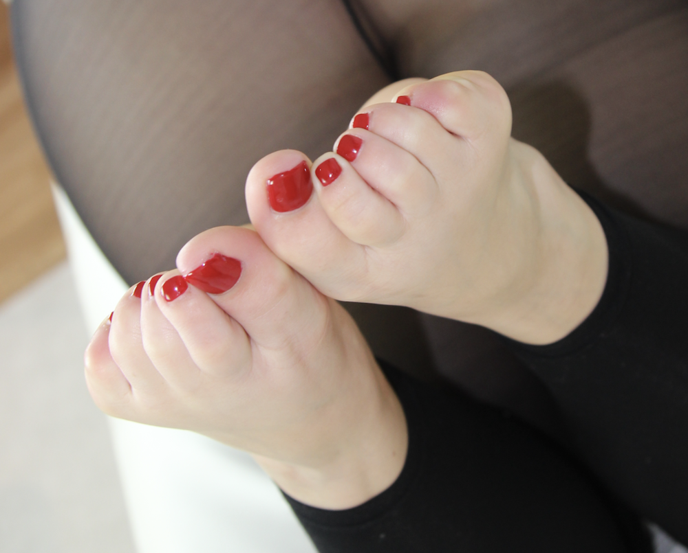 Kailey's Cherry Red Toes. Becky's Boutique NYC.png