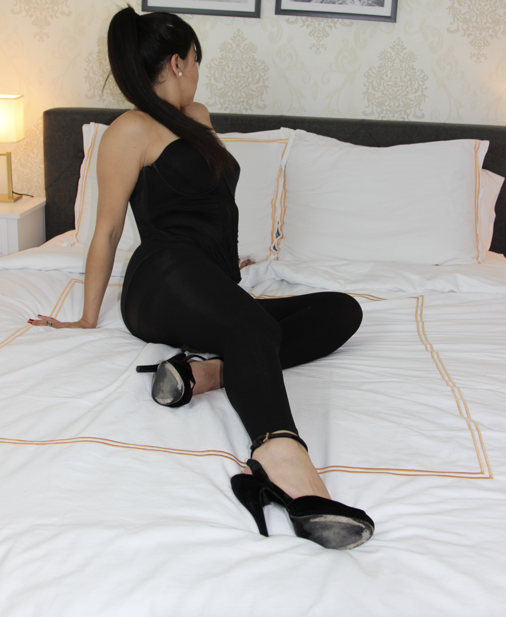 millEy milfshake - Adorable, Little Milley Milkshake is a Beautiful Latina with a warm, endearing personality and Mouth watering SIZE 5 FEET. Milley has perfectly Polished Toes, SUCKulent Soles that love being Caressed, Tickled, Licked and Sniffed!!!!!!!