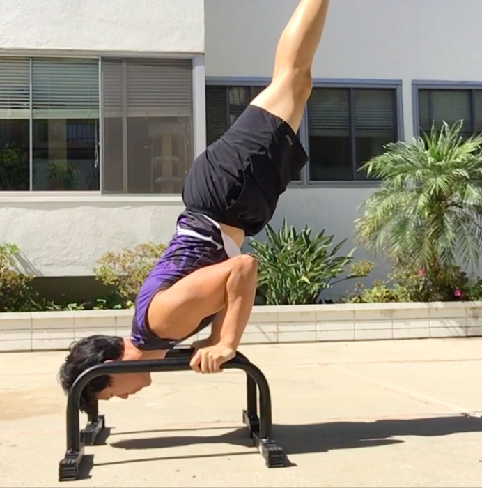 Parallettes Shoulder Stand