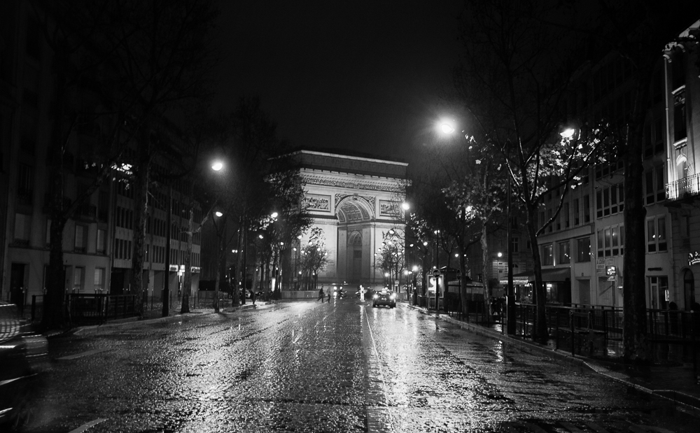champs-elysees.jpg