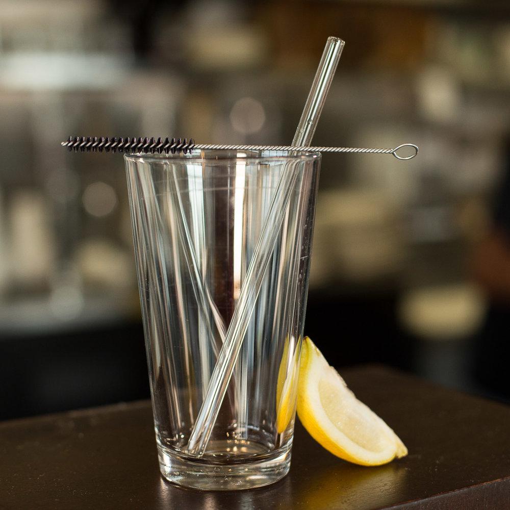 glass straw-emptyglass- cleaning brush- straight on11.jpg