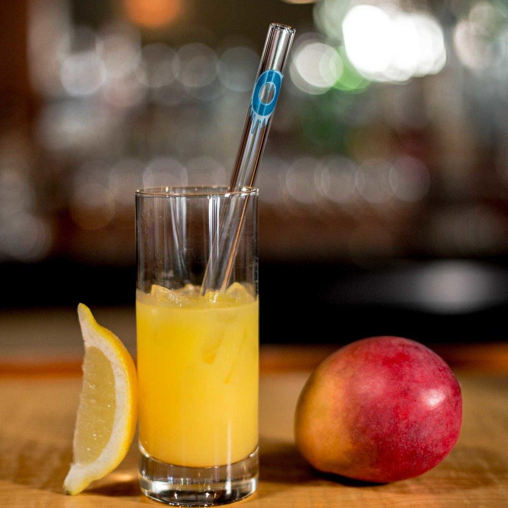 EcoGlassStraw_Straight_orange_mango_lemon_letterO_Ice.jpg