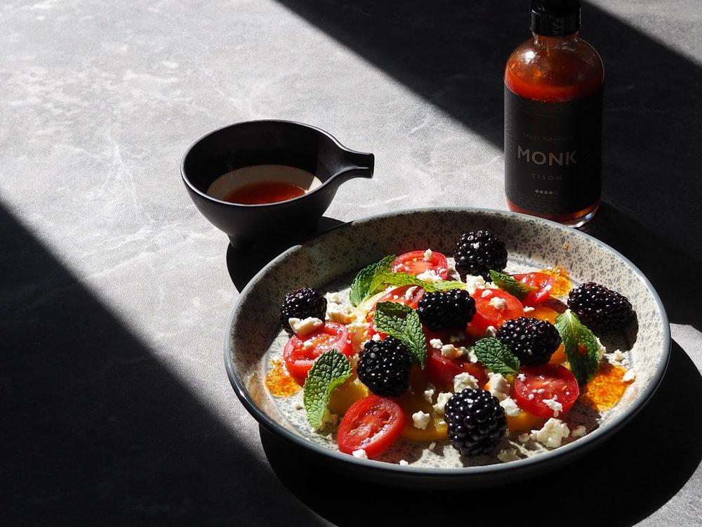 Salade betteraves jaunes et mûres.JPG