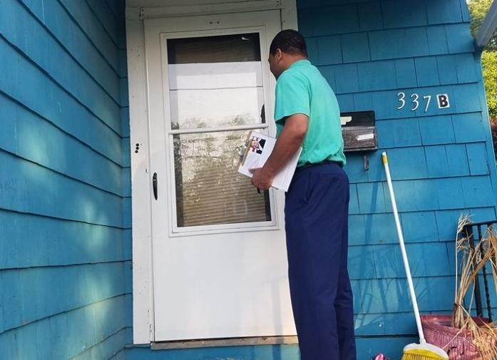 Jerome_doorknock1.jpg