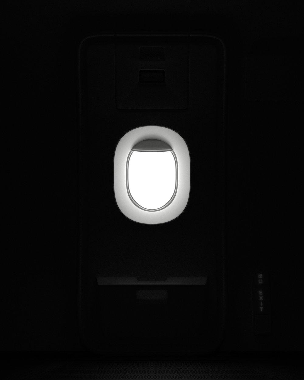 机窗4小.jpg
