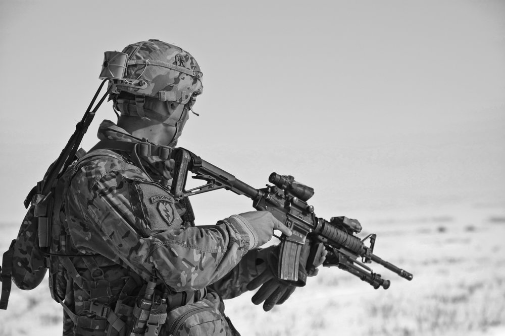 army-black-and-white-gun-41161.jpg