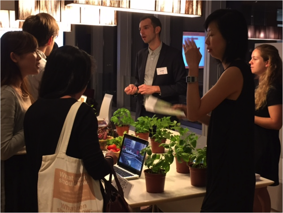 Pol Fabrega, Co-Founder Rooftop Republic talking to interested event attendees