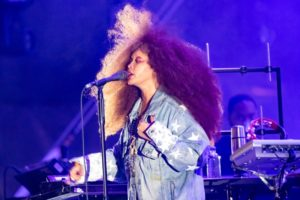 ERYKAH BADU shows why she's the 'Queen of Neo-soul' on the Harbourflap Stage