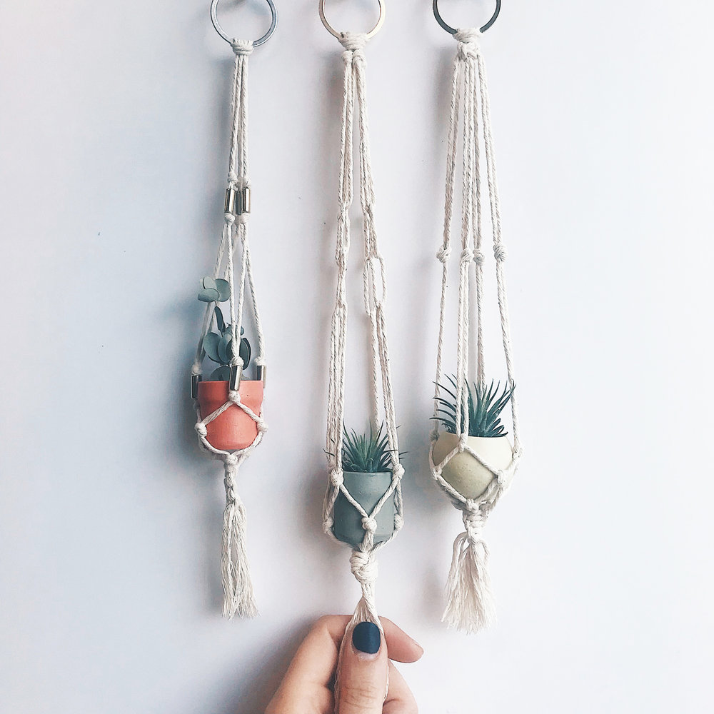 Learn how to make a beautiful mini macramé hanger for your favourite little plant - the perfect way to breathe new life into your office or workspace in 2019.