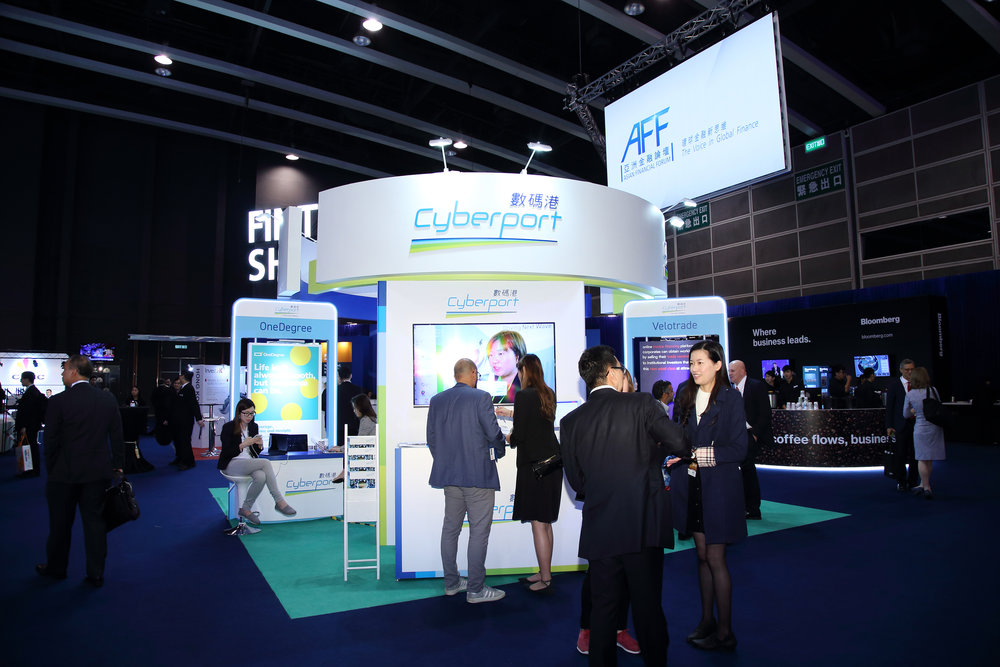 Cyberport FinTech companies including Bowtie, ESG Matters, IX FinTech, OneDegree, OneDay Capital, PolyDigi, Transwap and Velotrade participate in the FinTech Showcase of the 12th Asian Financial Forum.