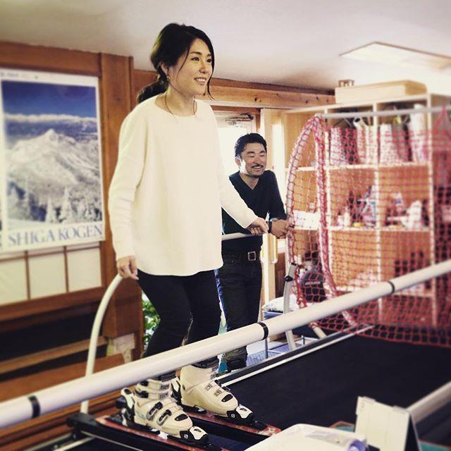 スキー得意な人も、苦手な人も、 未経験者大歓迎です! . 楽しくスキルアップしましょ! . #癒しの宿幸の湯 #志賀高原幸の湯  #skytechsport #skisimulator  #スキーシュミレーター