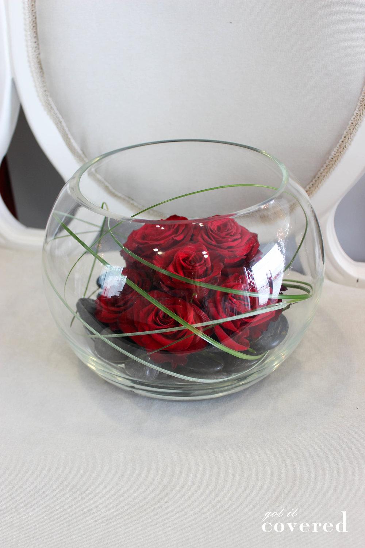 Fishbowl red roses.jpg