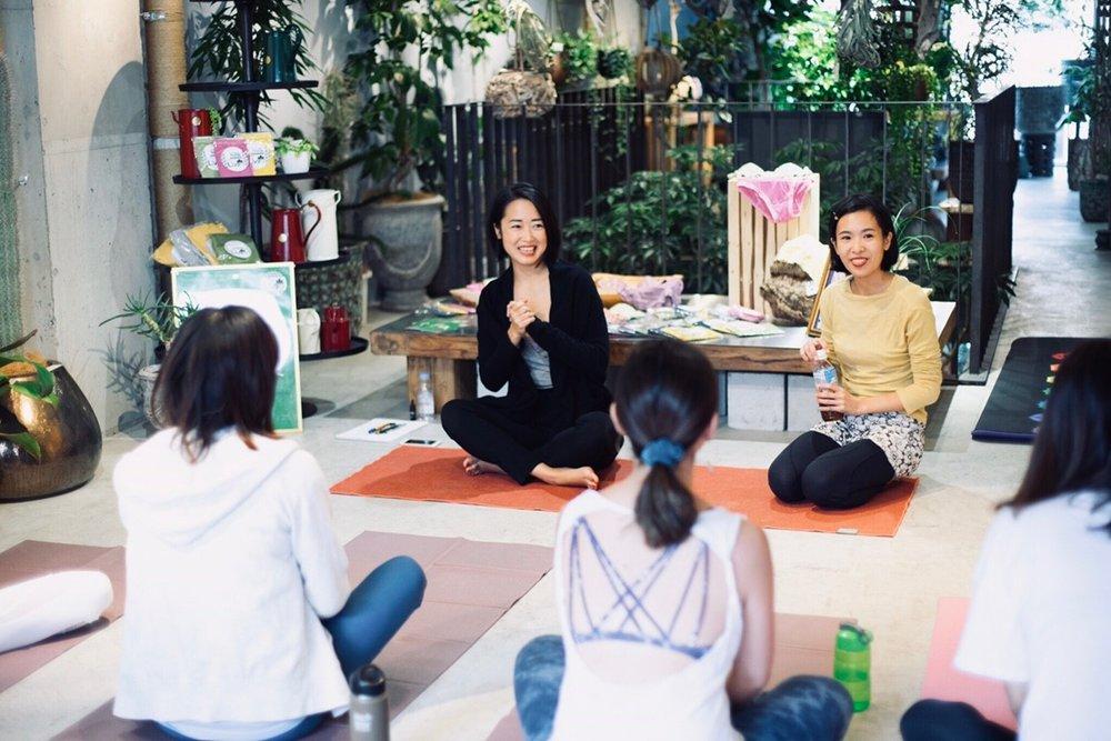 Floral Yoga 1118_181130_0010.jpg