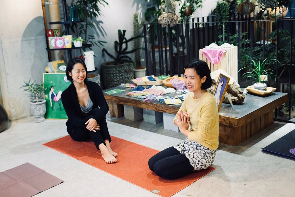 Floral Yoga 1118_181130_0013.jpg