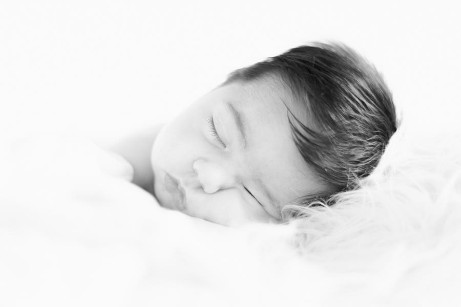 newborn-irun-sceneinlove  (3).jpg