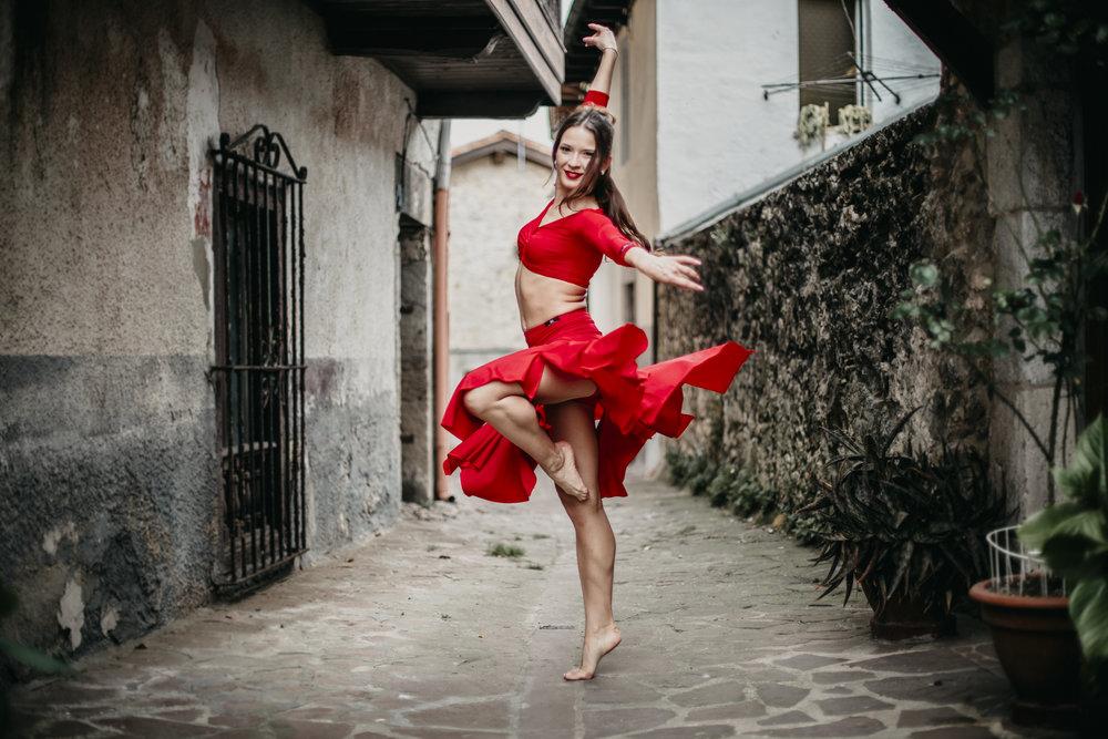"""Yana Onlina - Bicampeona de España en Baile deportivoGanadora del programa """"Bailando con las Estrellas"""""""