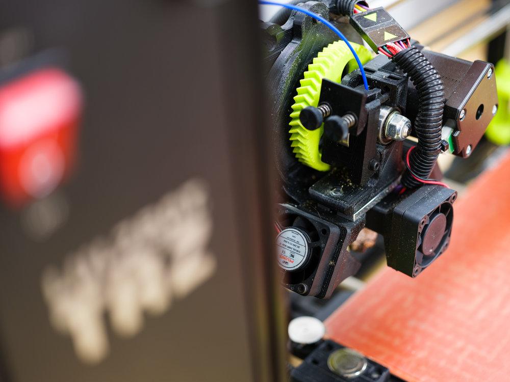 3Dプリンタ入門 - CADで3D設計から実際に3Dプリンタに出力まで。今回の入門レッスンで3Dプリンタと仲良くなります。