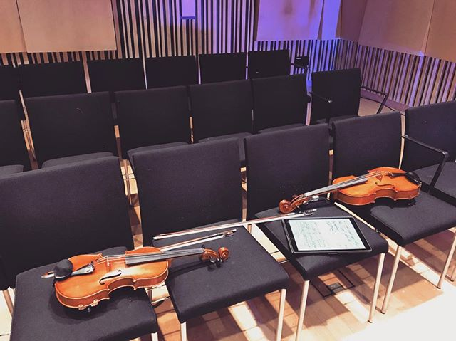 Almost ready to go...we're kicking off at 6. Debussy, Kurtag, Turnage, and two Australian premieres by Catherine Sullivan and Lachlan Skipworth. Always a pleasure to be back in the Primrose Potter Salon. @melbrecital  #australianmusic #newmusic #chambermusic #debussy #kurtag #sullivan #skipworth #turnage #melbourne #australia