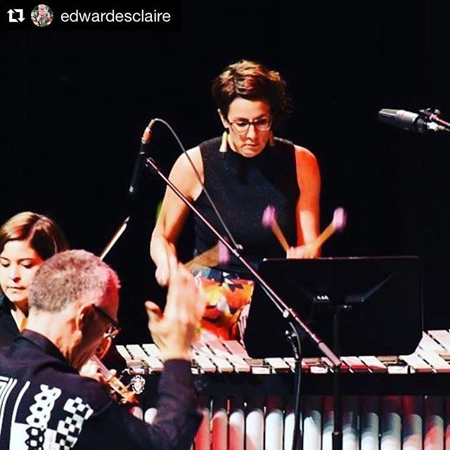 Great action shot from #extendedplay - essential focus in Steve Reich's #radiorewrite with @ensembleoffspring at @cityrecitalhall - the whole building was alive with music!  #newmusic #stevereich #chambermusic #sydney #australia #festival  #Repost @edwardesclaire with @get_repost ・・・ #extremefocus