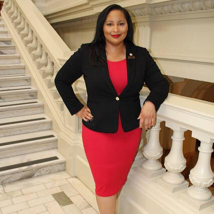 #Justice Politics - Renitta Shannon defeated a four-term conservative Democrat incumbent with a bold progressive message in 2016. In January 2017, she was sworn into the Georgia State House of Representatives, representing the 84th district. Representative Shannon utilizes her impactful public platform to fight stigmas and create legislation for marginalized communities. Her experience in community organizing work around economic, racial, and gender justice equipped her to serve in the Georgia State House of Representatives.