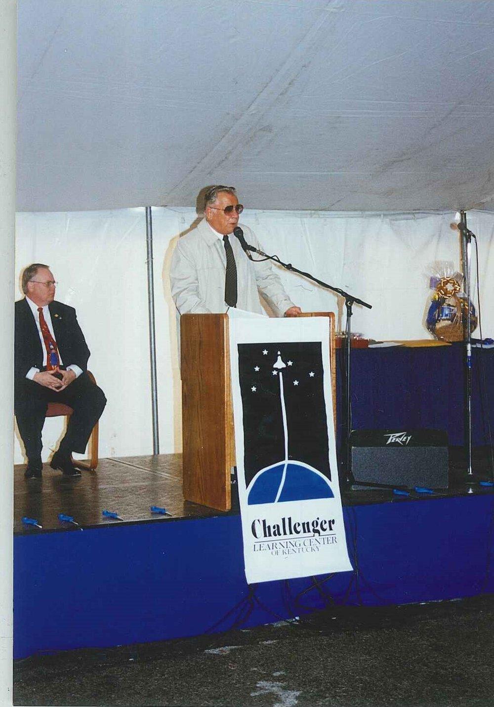 1999-03-26-02 Grand Opening.jpg