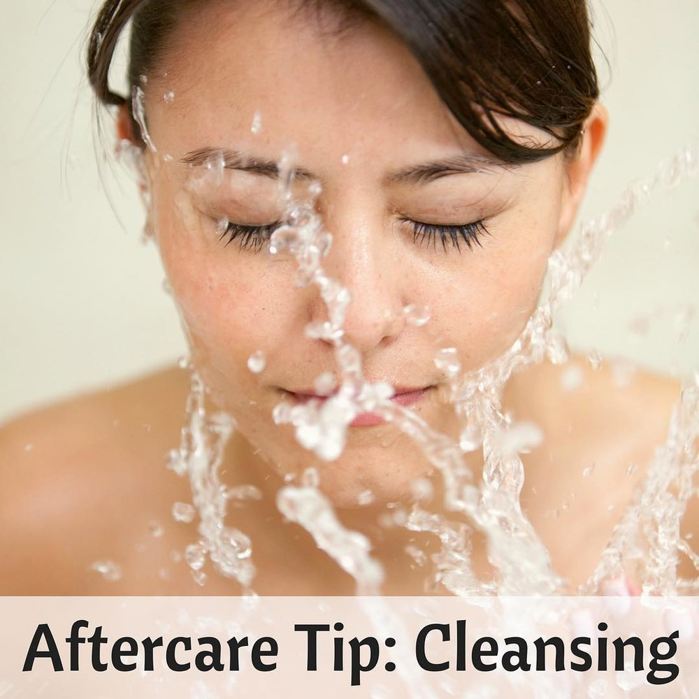 Aftercare-cleanseyourlashes.jpg