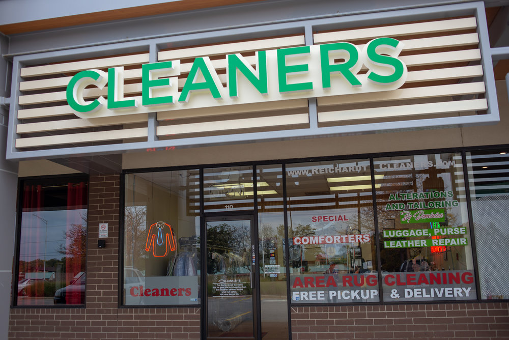 reichardt-cleaners-store-close