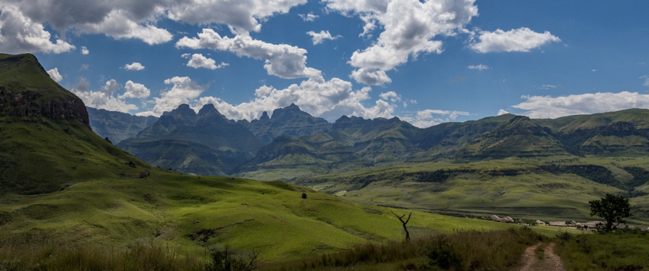 The grasslands of Drakensburg. Photo by: J. Thoresen