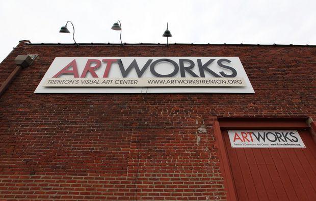 Artworks02.jpg