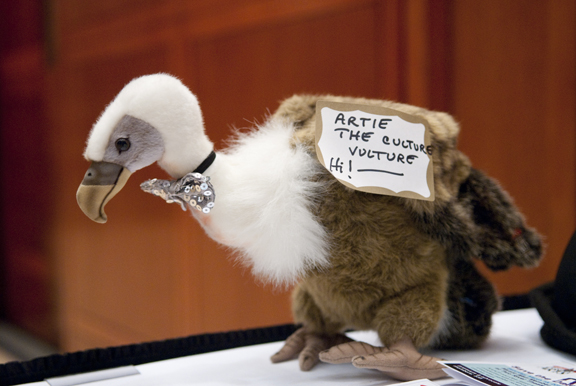 Artie the Culture Vulture