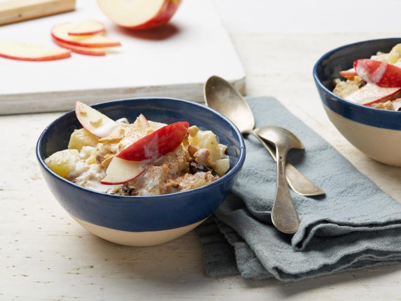Pictured Recipe:   Whole30 Hot Apple Cereal