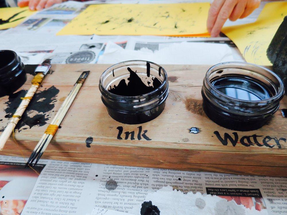 mark-making-workshop-by-martin-reisle-mr-scripsit---calligraphy--design_25770358414_o.jpg