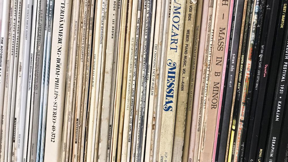 records-s.jpg
