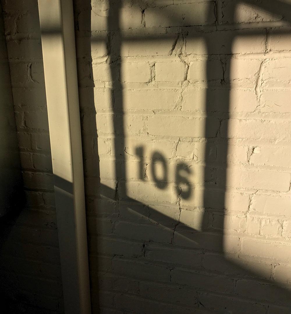 106-s.jpg