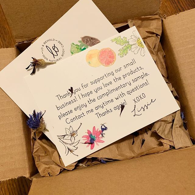 😍order from @loandbeholdnaturals complete with free samples, recycled packaging, and dried flower petals! . . #shopindiedurham #indiebeauty #durm #durmnc #naturalskincare #selfcare #organic