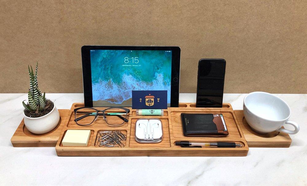 Desk Organizer (Cherry Version) - A practical way to declutter your desk.