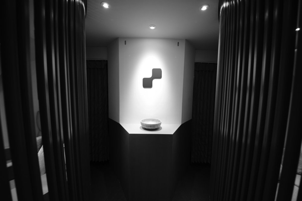 Peacock-mockup-foyer-closed.jpg