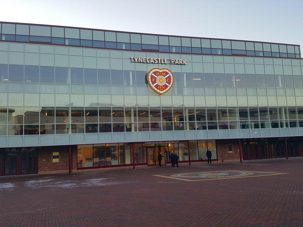 Ambitionen med den nye tribune på Tynecastle Park næsten midt i Edinburgh er at skabe et moderne stadion til topfodbold om lørdagen og et kraftcenter for lokalsamfundets udvikling på ugens øvrige dage.  Foto: Henrik H. Brandt