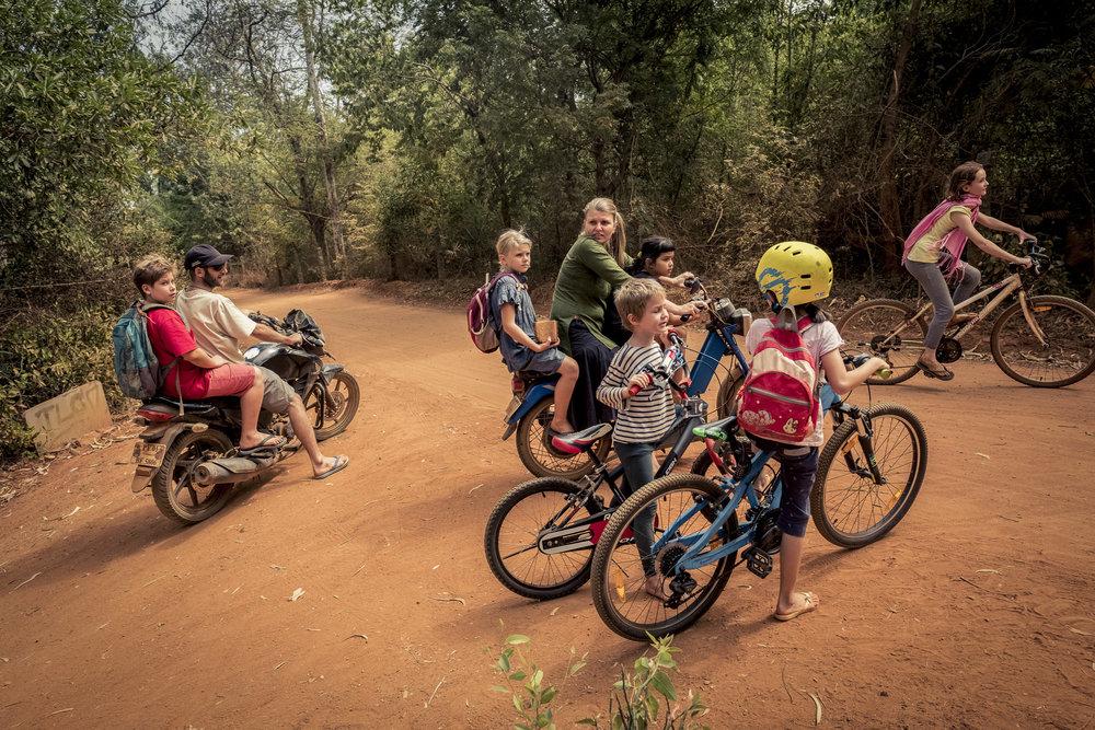 Auroville_2015-17_DSF1224_av1_look_WEB.JPG