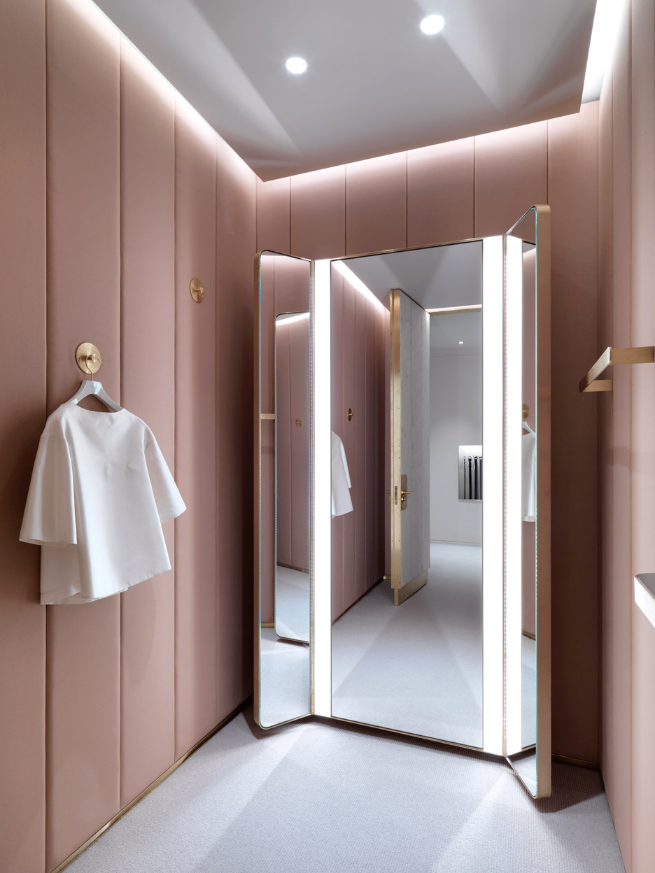 Photo from Zeen. Interior by Universal Design Studio