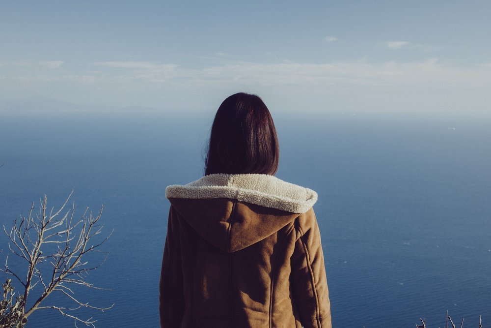 Descubriste algo que no te gusta y es momento de cambiarlo, tú y sólo tú puedes ser el maestro de tu destino, rompe ataduras, quita cargas y rebélate ante lo que no te gusta  Tu forma de ser independiente tal vez te esté llevando a un estado de soledad, el no ser entendido por el resto, sientes que te vuelve más hostil. Intenta aprender a aceptar a las demás personas para que ellas también te acepten, di la verdad, suelta lo que no te pertenece, pero sin herir a nadie.