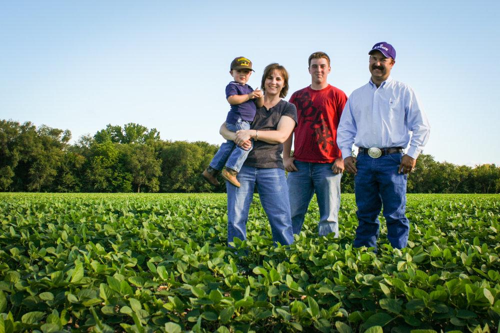 LaVell Winsor CommonGround Kansas Volunteer and Farmer