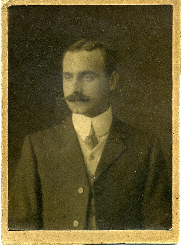 Charlie McMillen - - the Dressmaker